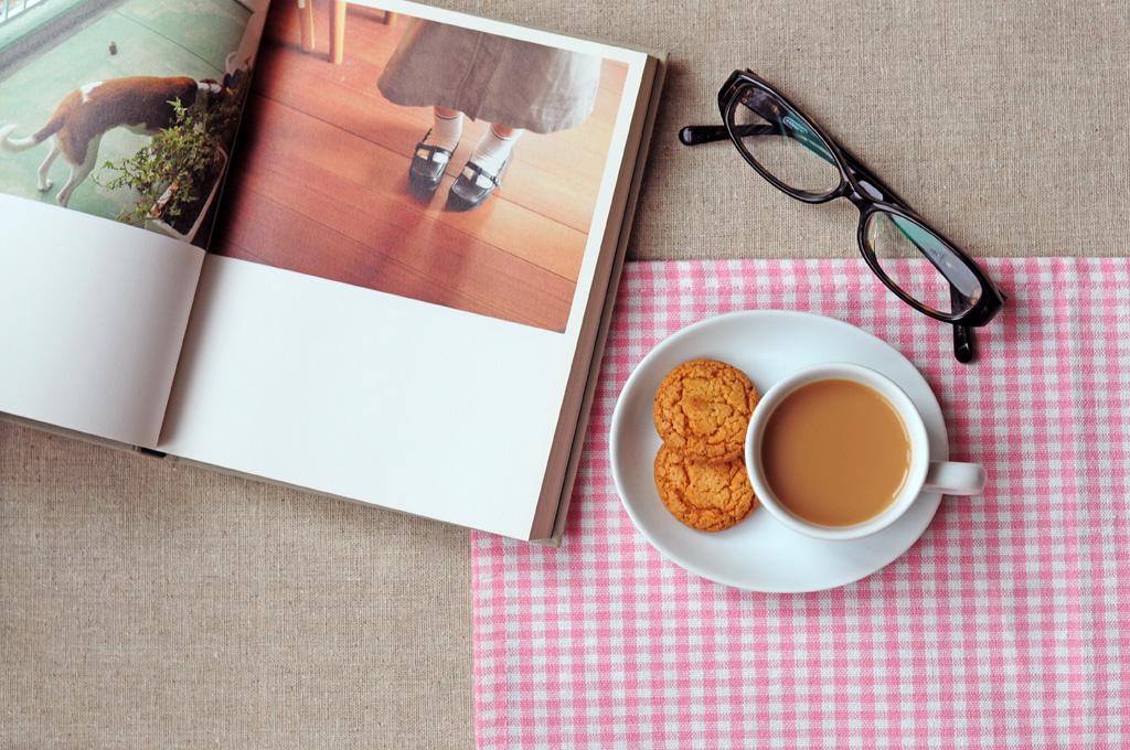本を無料でコーヒーと