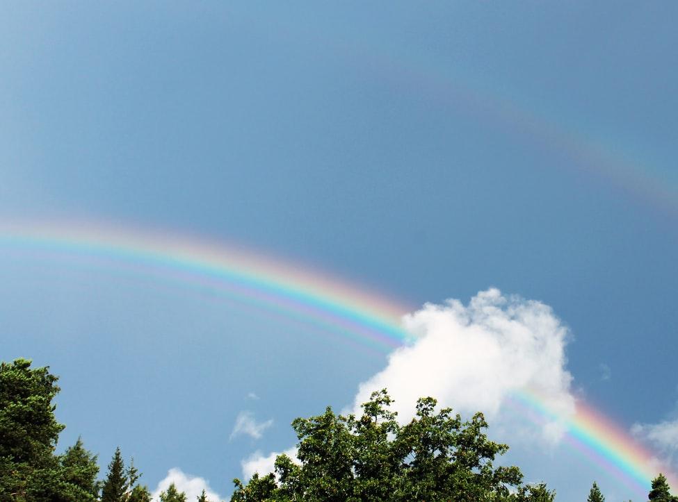 虹がかかった空 TIF